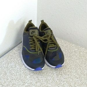 """Nike Air Max """"Thea Jerd"""" Lace Up Sneakers."""